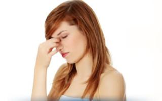 Почему ночью закладывает нос: основные причины и возможные заболевания