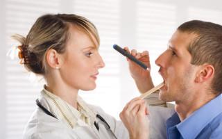 Какие изменения происходят в горле при ангине?