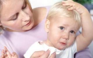 Обезболивающее при боли в ухе у ребенка: что можно?
