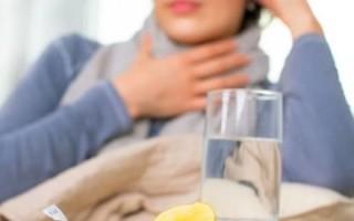 Что делать, когда болит горло во время глотания?