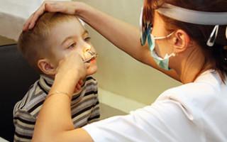 Почему появились корочки и сохнет в носу: причины и лечение