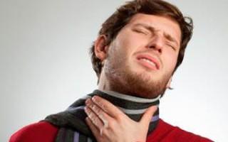 Что делать, если неделю болит горло и ничего не помогает