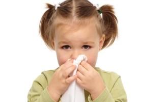 Способы лечения насморка у ребенка в 1-2 года: капли, ингаляции, народные средства