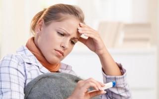 Температура и боль в горле: признаки каких заболеваний?