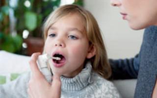 Какой выбрать эффективный спрей от боли в горле для детей
