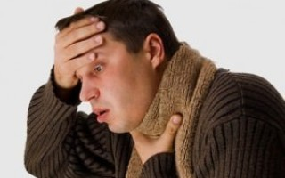 Болит горло месяц и дольше, ничего не помогает – что может быть причиной?