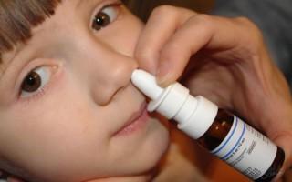Детские спреи для носа: обзор эффективных и популярных препаратов