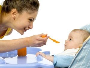 кормление ребенка