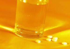 таблетки и полоскание при боли в горле