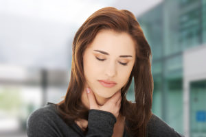 болит горло без насморка