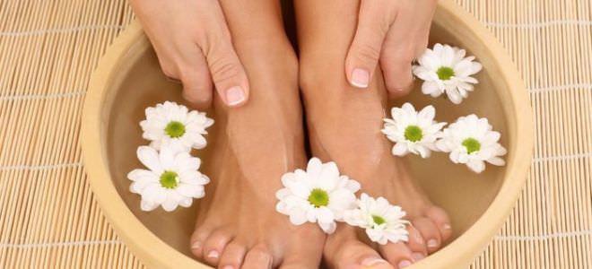 ванна с травами для ног