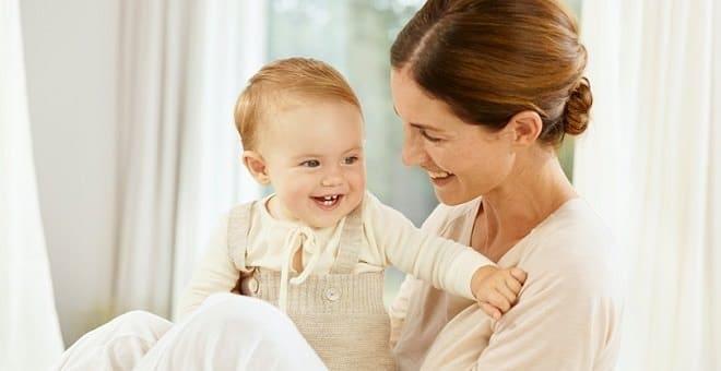 мама с ребенком грудничком