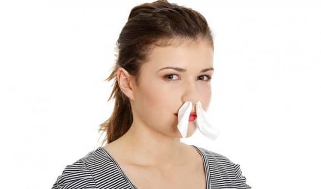 смазывание носа турундами