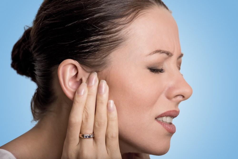 Сильно болят уши