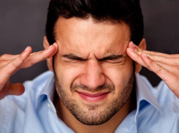 Кластерные головные боли: причины, симптомы, лечение