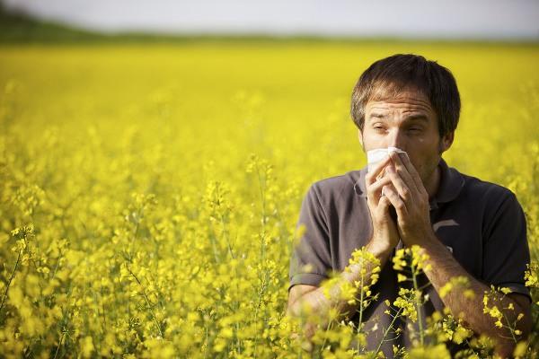 першение в горле и кашель могут быть аллергической природы