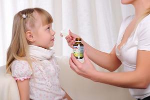 Эффективные препараты для лечения кашля у детей