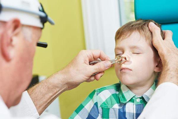 ребенок ударился носом - диагностика у врача