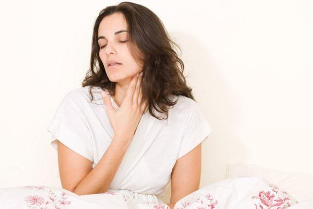 Самолечение в случае с грибком в горле опасно тяжелыми последствиями