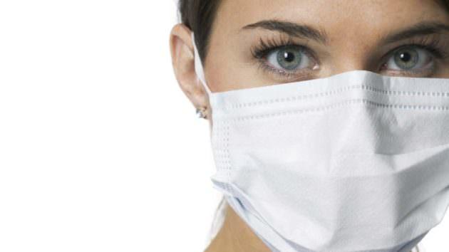 В период высокой заболеваемости ОРВИ старайтесь избегать контактов с больными