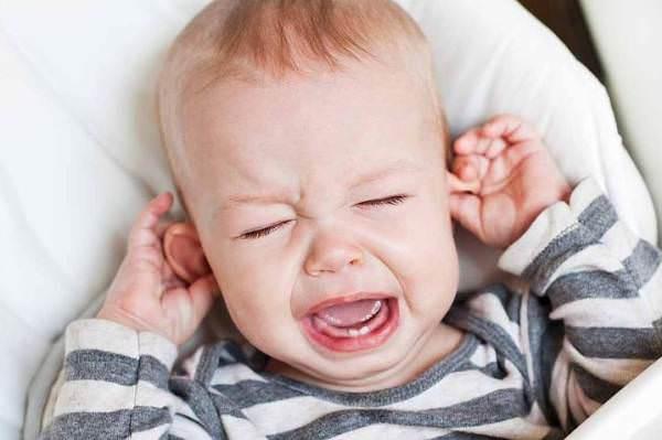 отит - осложнение вазомоторного ринита у детей