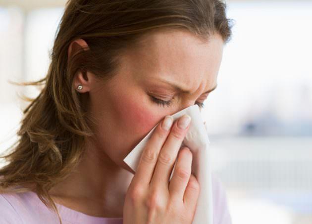 Сосудосуживающие капли Ринорус борются с заложенностью носа