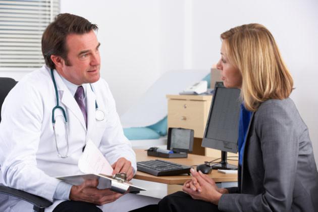 Синусит опасен осложнениями, поэтому лечить его нужно своевременно
