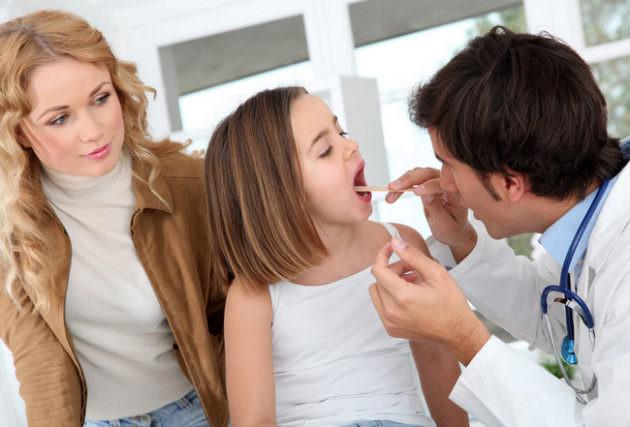 Ребенок у доктора: удаление аденоидов