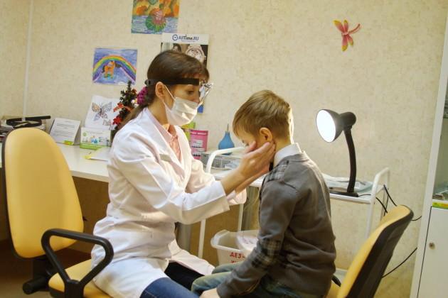 Диагностировать гайморит у детей старшего возраста лору проще