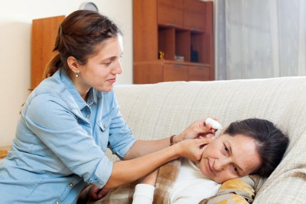 закапывание левомицетина в уши