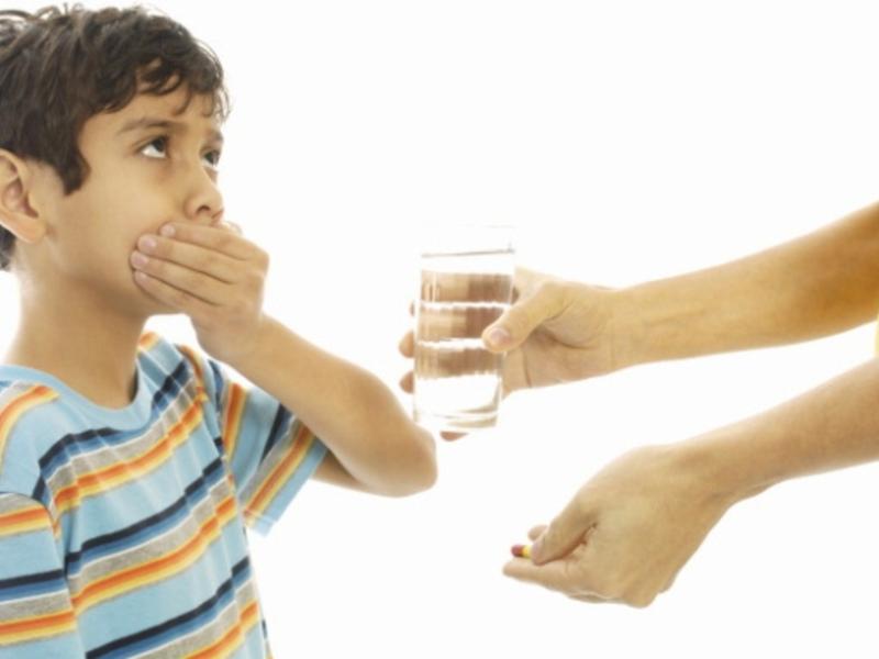 Таблетки Либексин нужно проглатывать быстро, иначе можно почувствовать онемение во рту