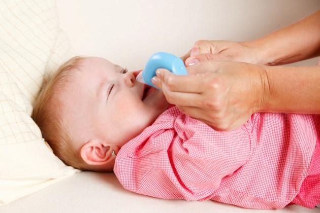 как промывать нос грудничку