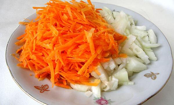 morkovnyj sok i luk ot nasmorka