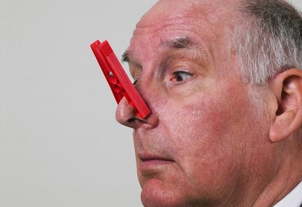 нарушение обоняния при наростах в носу