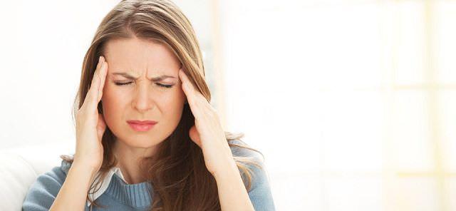 Болит голова и уши